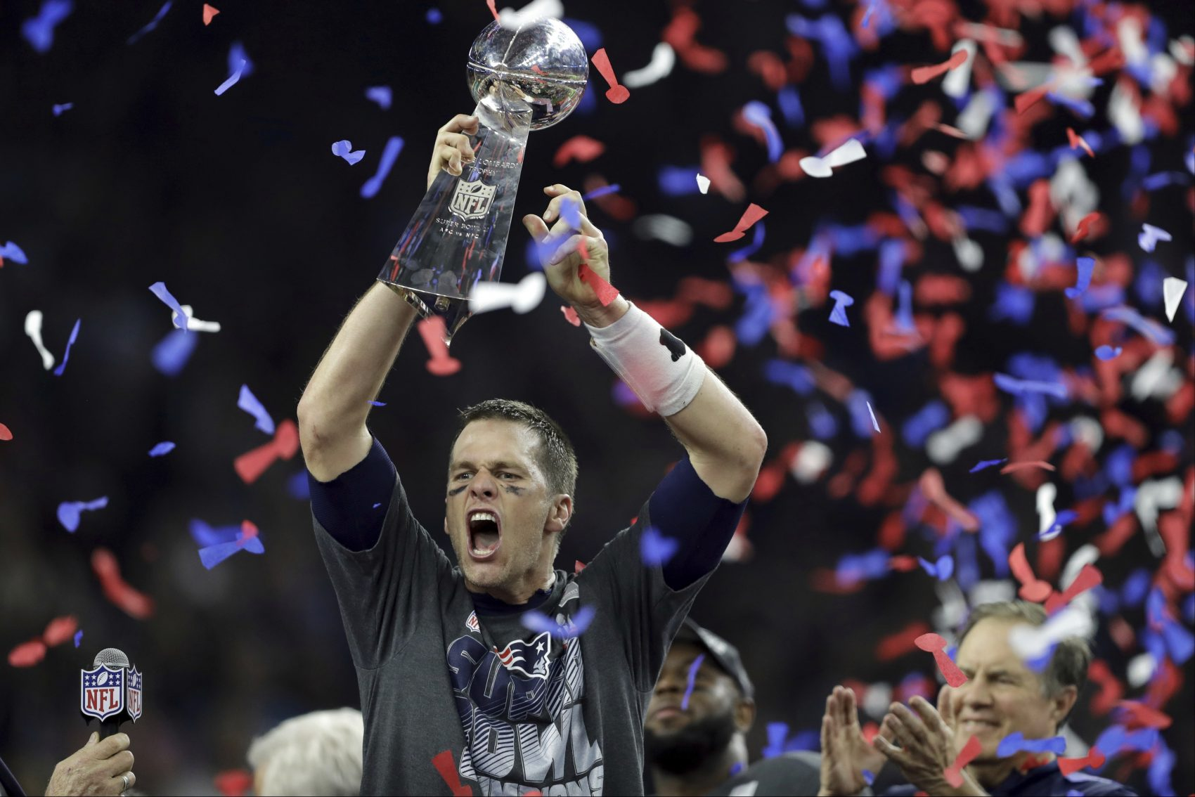 Tom Brady New England Patriots Super Bowl Trophy Celebration